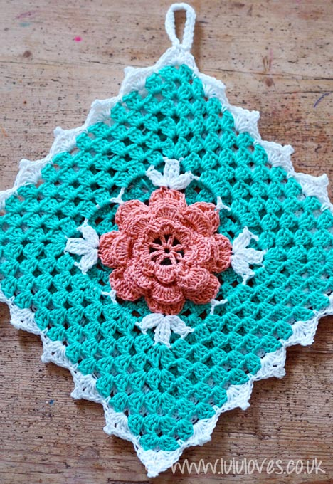 Lululoves: Crochet Rose Potholder