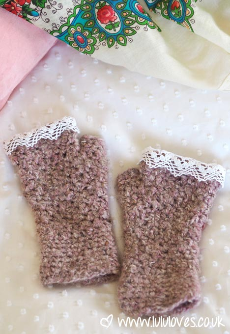 Lululoves: Crochet Wrist Warmers