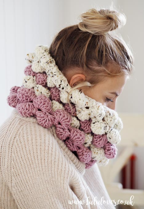 Lululoves: Giant Bobble Crochet Cowl - Free Pattern